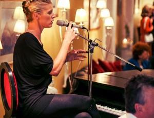 Blush Piano Lounge